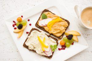 ממרחים טבעוניים לשמירה על תזונה בריאה יותר