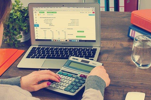 הנהלת חשבונות באינטרנט – כל היתרונות למסעדה שלך